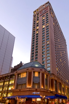 Hilton-Suites-Chicago1-2.jpg